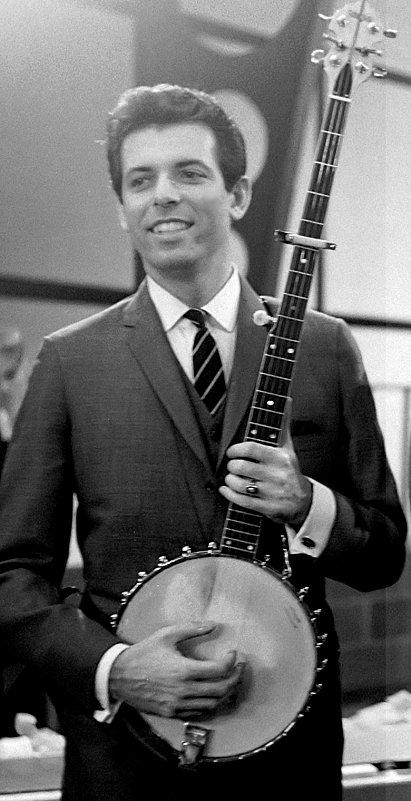 alex banjo.jpg