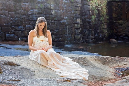 Oak_View_Raleigh_Maternity_05.jpg