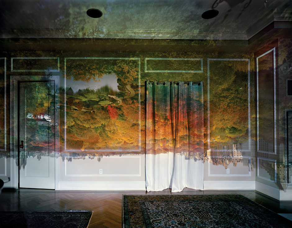 The NY mag recently featured a series of Abelardo Morell's camera obscura photographs. They are amazing. You can read more about them and see a few more  here.      Central Park never looked so wonderful.