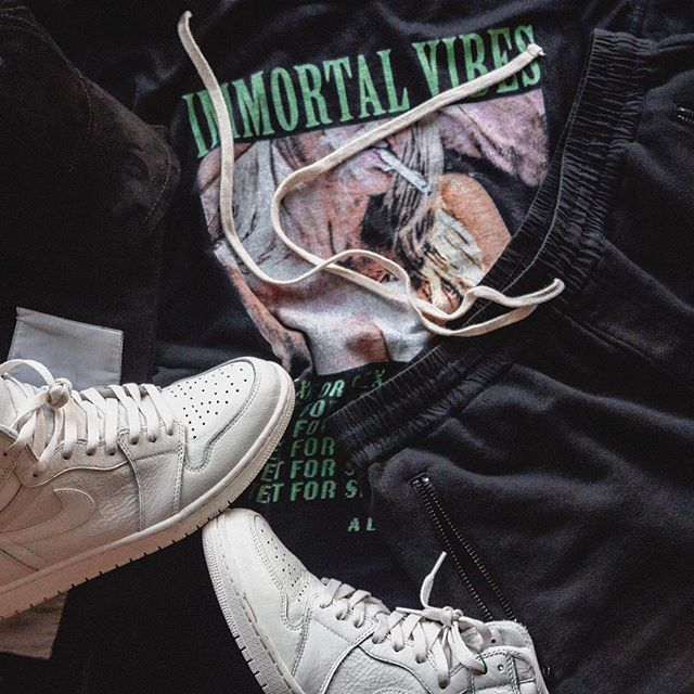 📲TEXT FOR SEX 🚬 #OutfitToss #RagandBone Cap #ImmortalVibes Tee #Essential Shorts #RickOwens Tote #Jumpman23 Sneakers @OutfitToss @JakeMcMillan . . . . #onthefloor #hypebeaststyle #hsstyle #jordan1club #af1 #clubfearofgod #pacsunmen