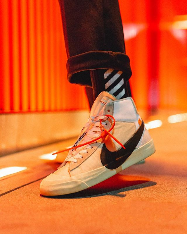 🚨What's on your feet today? - Is the Off White Blazer the best out the bunch ? ( Besides JORDAN1s Of Course) . . . . . #offwhitenike #offwhiteblazer #af1 #hypefeet #virgilabloh #wdywt #solecollector #sneakernews #hskicks