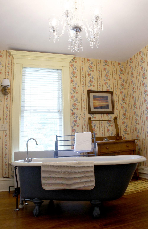 Sandaway's Chandelier Room
