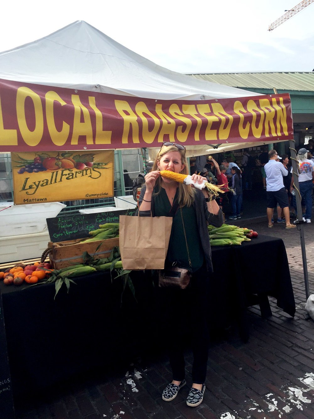 Pike-Place-Market-Farmer-Stand.jpg