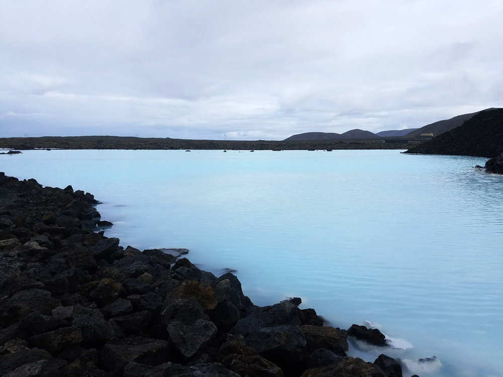 Blue-Lagoon-Iceland-Empty-Pool.jpg