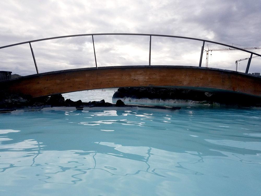 Blue-Lagoon-Iceland-Bridge.jpg