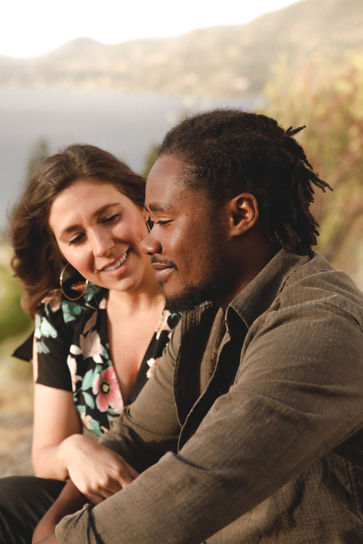 romantic elopement photography okanagan valley.jpg