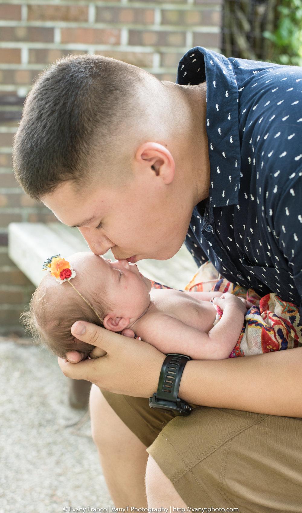 Chavez_Family-15.jpg