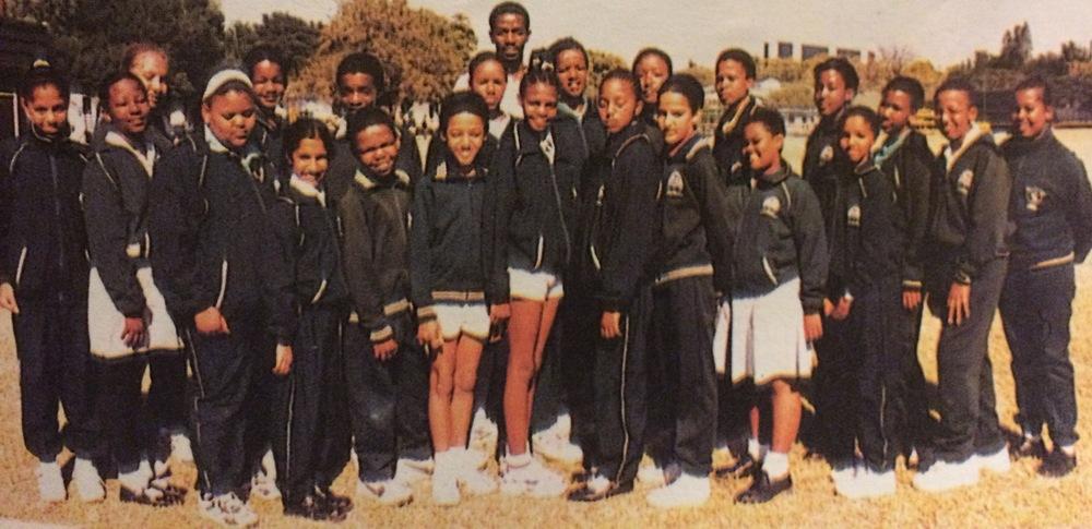 Thornhill Marimba Band, 1998.  (From left to right: Nuru, Tebatso, Meegan, Tshegofatso, Tumisang, Jaanki, Kealeboga, Setso, Otto, Waitse, Michael Sibanda, Lame, Tshegofatso, Neo, Tapiwa, Andrea, Mana, Tshepiso, Thandeka, Tlamelo, Obakeng, Moabi, Masego).