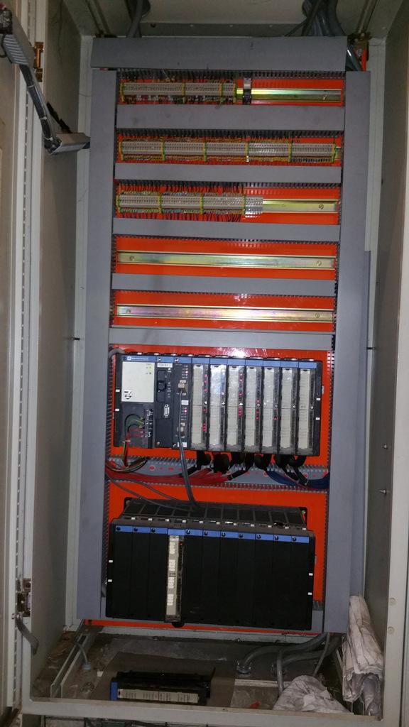 Modification armoire dépaletiseur
