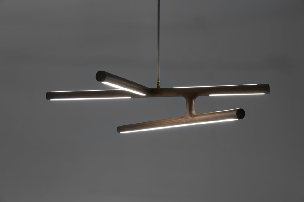 Alex-Earl-Lighting_antler-pendant-dark-custom-lighting-web.jpg