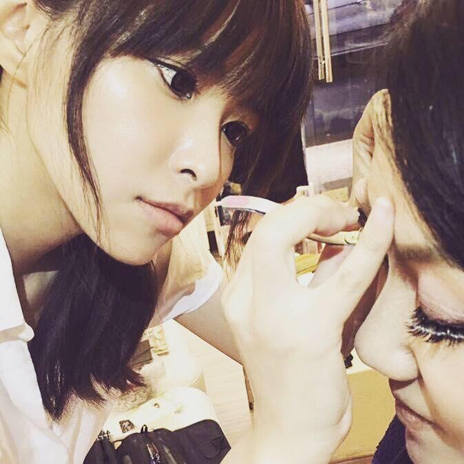 Miu Chen   藝人彩妝指定造型師,彩妝風格為乾淨自然, 提供多元的造型風格。