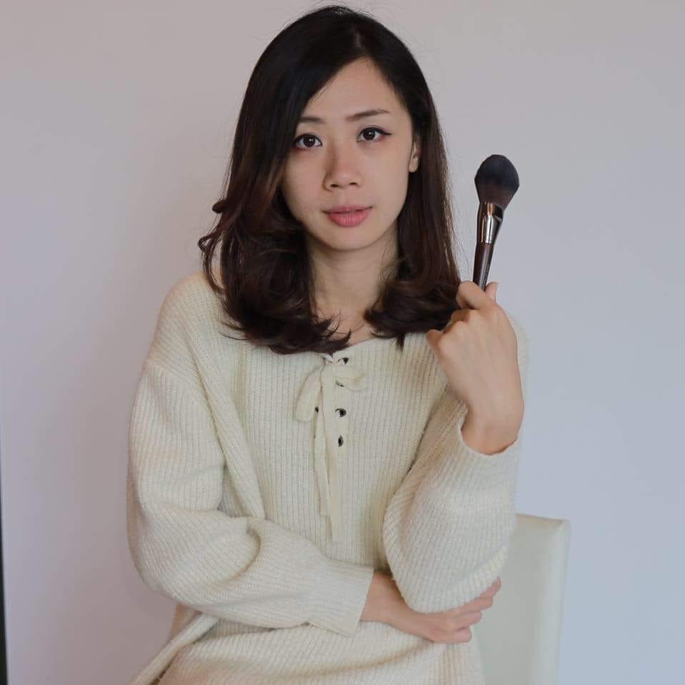 幸福派-新秘派派-造型/彩妝/美體      細心謹慎,使用噴槍打底,強調柔美清新的妝容。