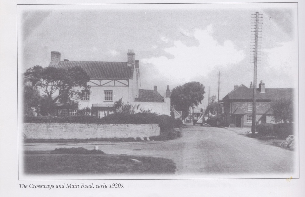 The Crossways inn and Main Road, Early 1920s