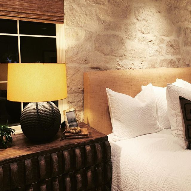 Exposed stone ... A welcomed accent in the bedrooms at Coral Canyon Crystal Cove. A new development by @thenewhomeco Thanks for an amazing event last night!! Great work!! #thenewhomecompany #crystalcove #newportbeach #martinandassociates