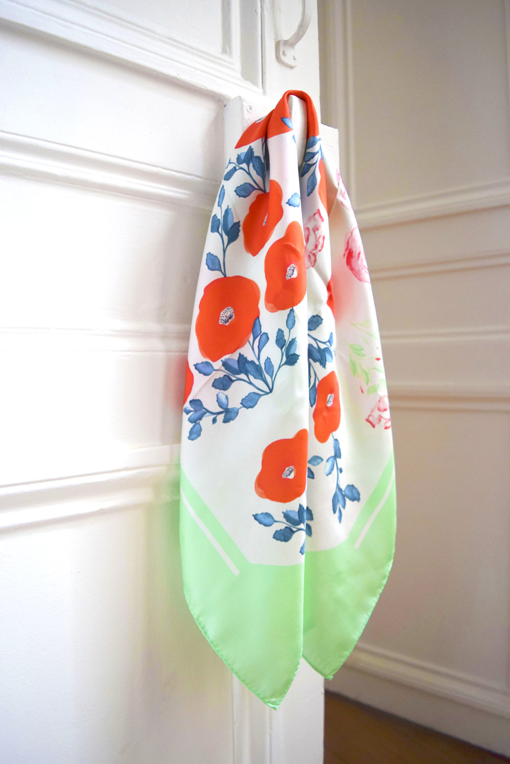 petitjean paris. carre scarf Morphée Greenery