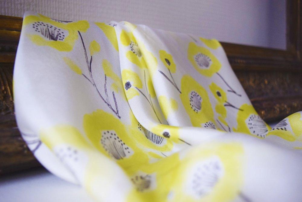 Petitjean Paris- Carré scarf Nanc-Ainokura