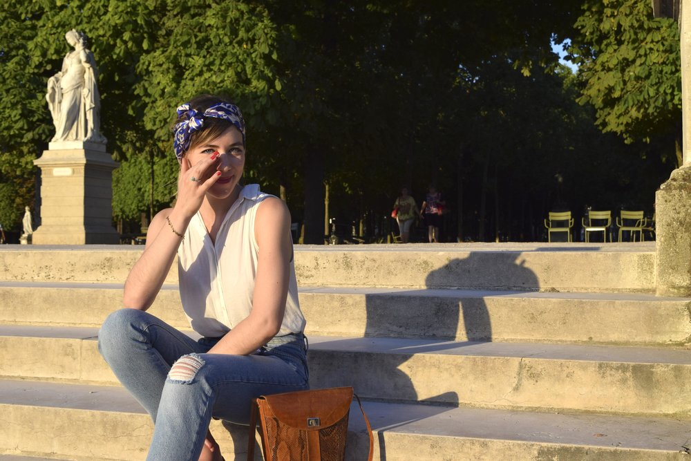 petitjean paris portraits de parisiennes accessoires soie lavallines carrés foulards julie