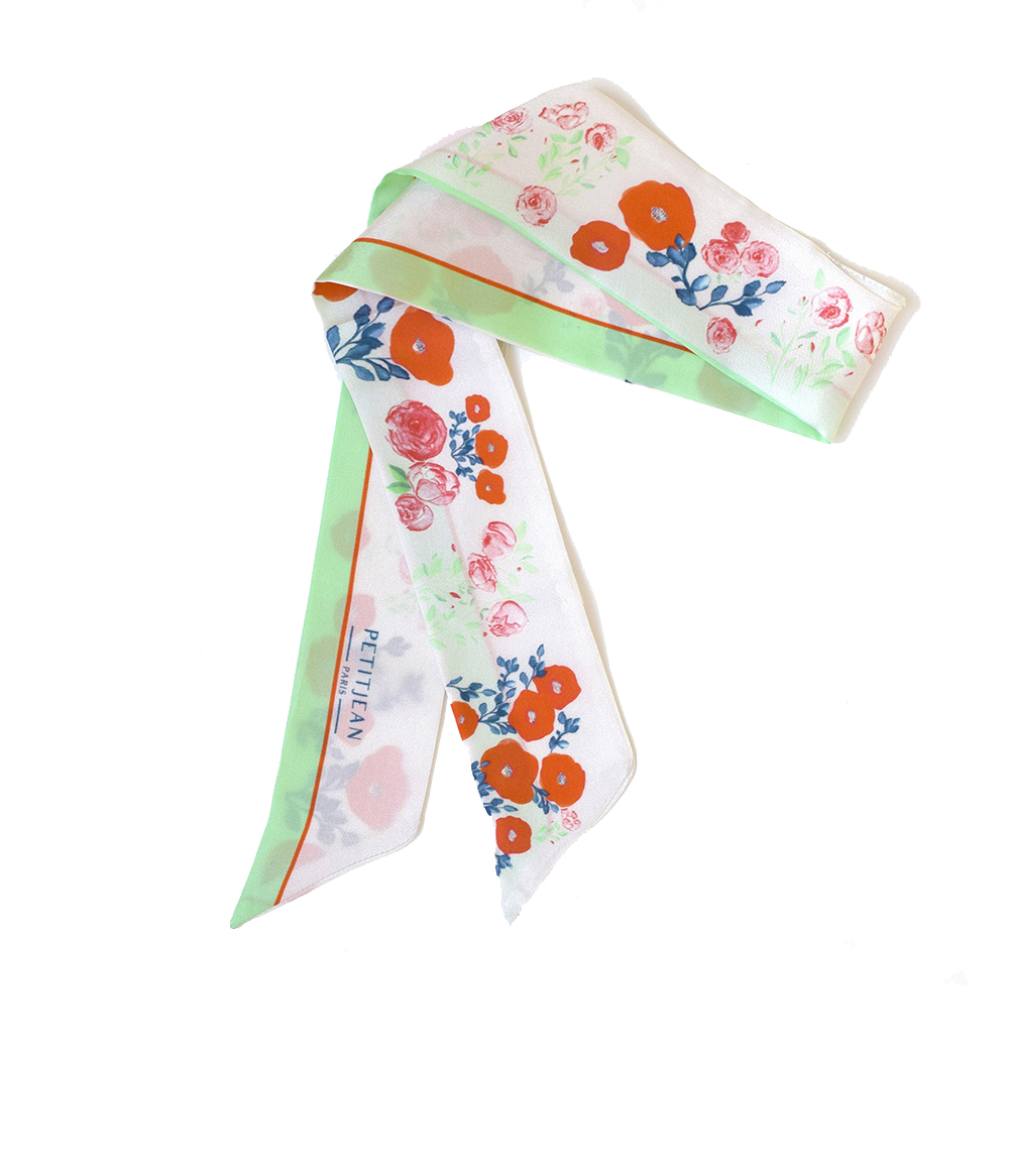 Discover our mini version of our Morphée Greenery print with our lavalline scarf - 100% silk - Made in France - 75€