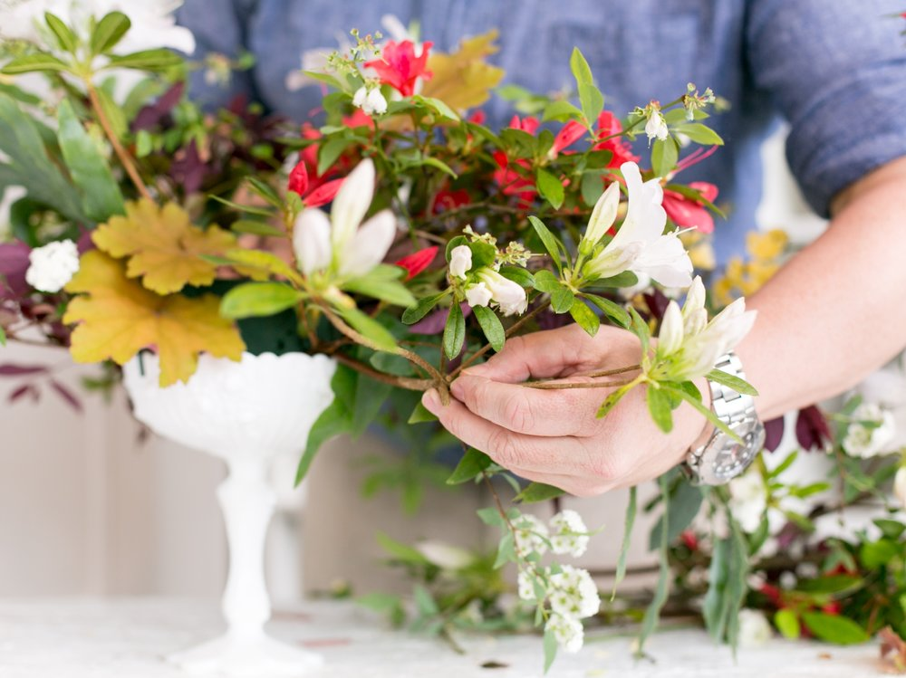 How To Make a Garden Fabulous Centerpiece Rosemary Beach Florist  Myrtie Blue  Shannon Griffin_0015.jpg