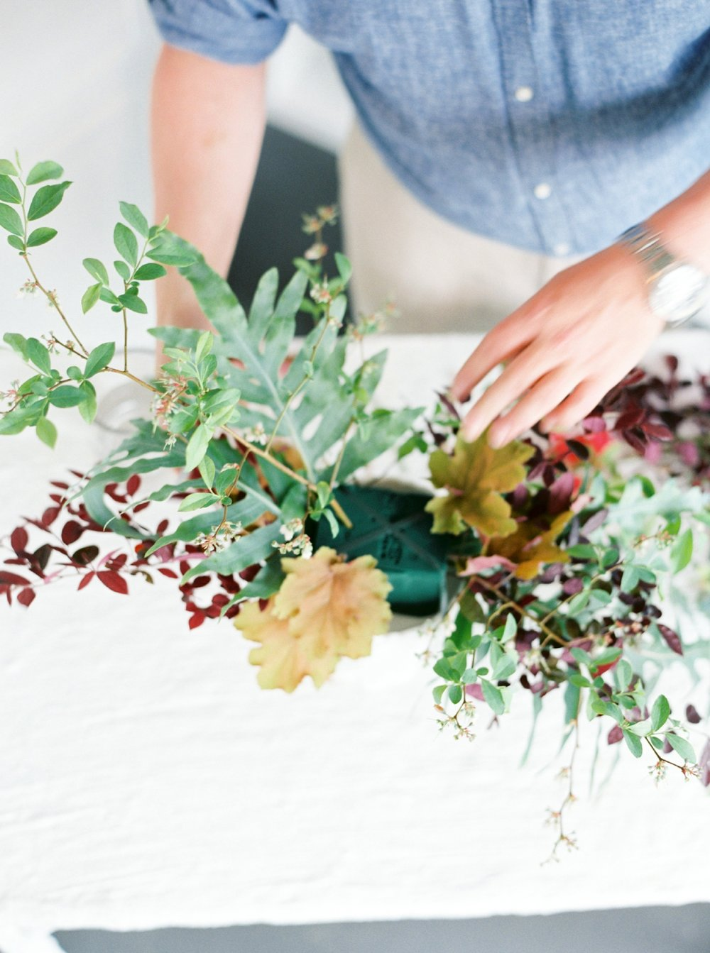 How To Make a Garden Fabulous Centerpiece Rosemary Beach Florist  Myrtie Blue  Shannon Griffin_0019.jpg