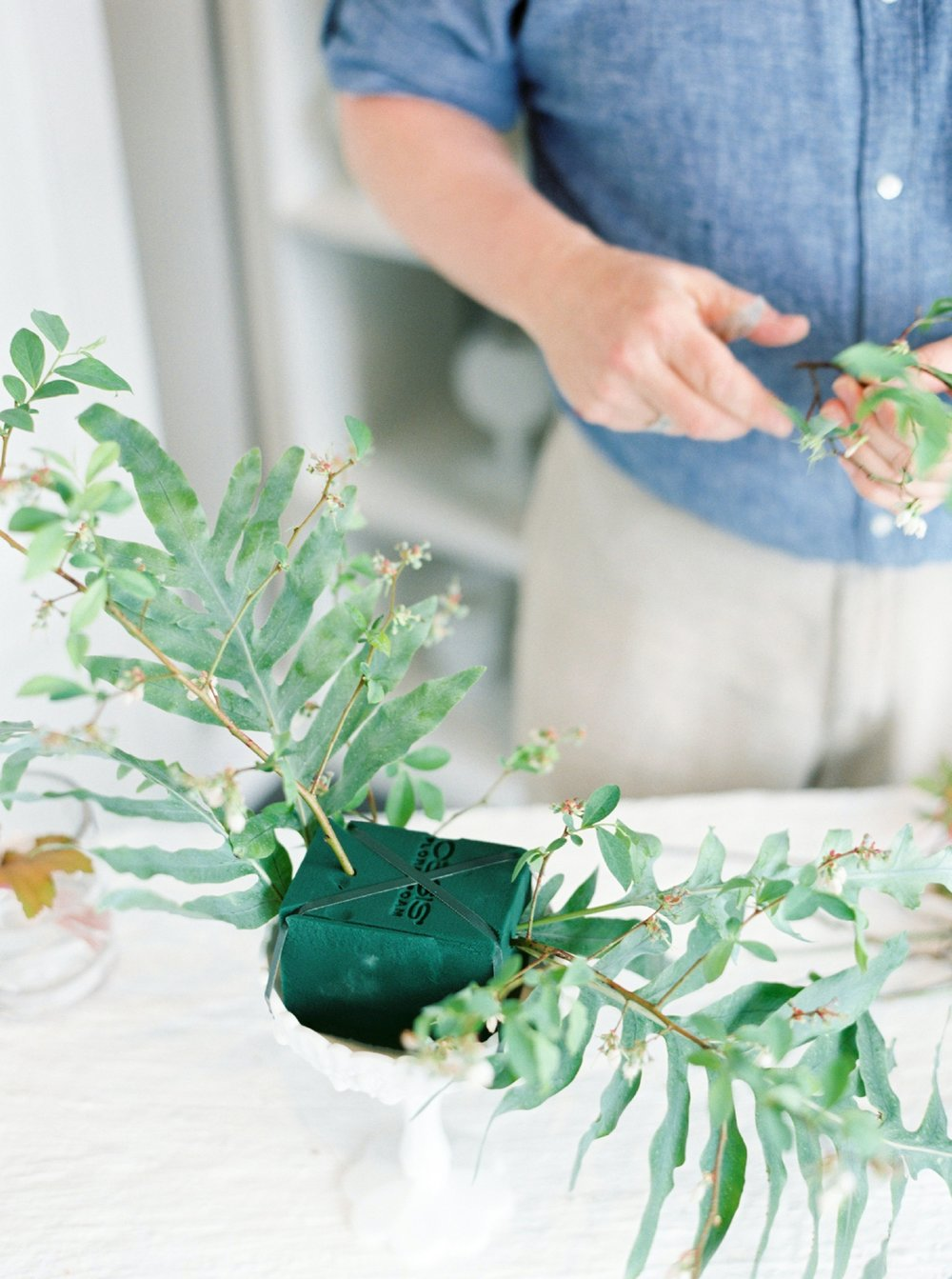 How To Make a Garden Fabulous Centerpiece Rosemary Beach Florist  Myrtie Blue  Shannon Griffin_0020.jpg