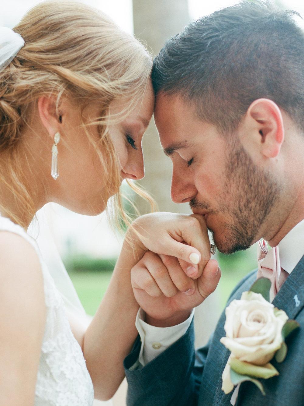 kaitlyn_and_jacobie_hammock_beach_lodge_palm_coast_florida_wedding_photographer_shannon_griffin_bride_and_groom-49.jpg