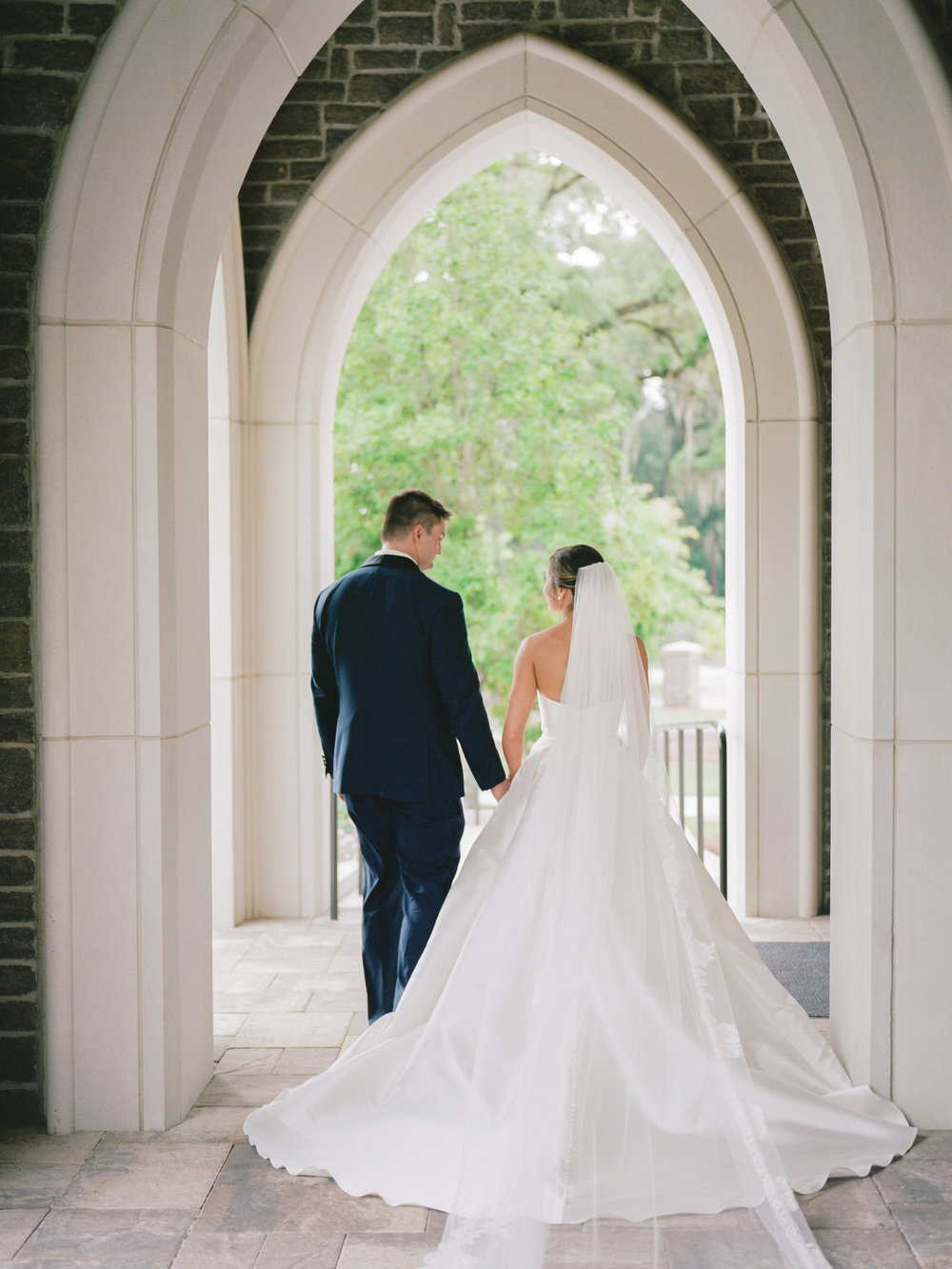 madison_and_jason_tallahassee_wedding_photographer_shannon_griffin_bride_and_groom-33.jpg