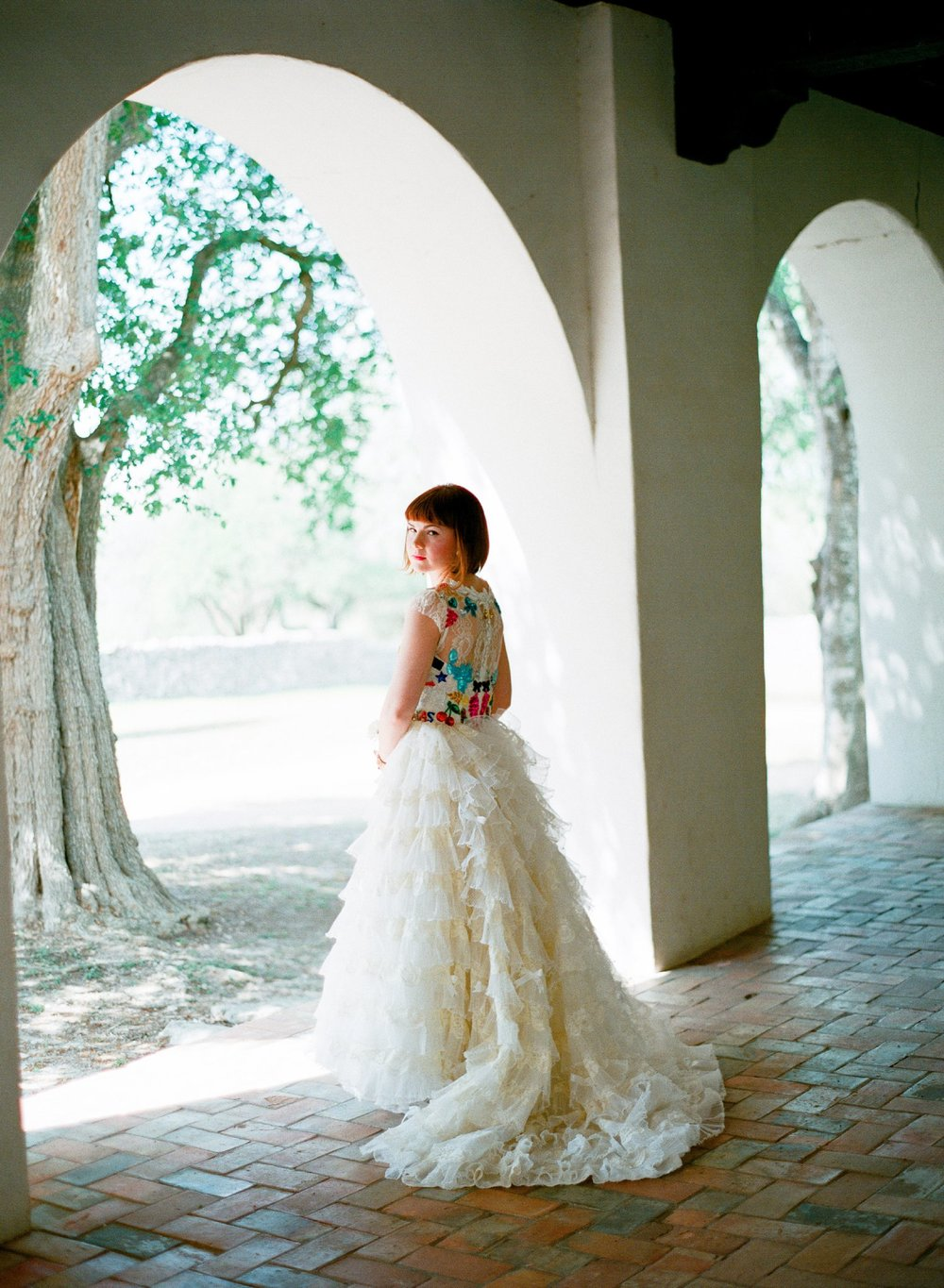 eclectic texan wedding the connoisseur of cute wedding texas wedding photographer shannon griffin photography_0010.jpg