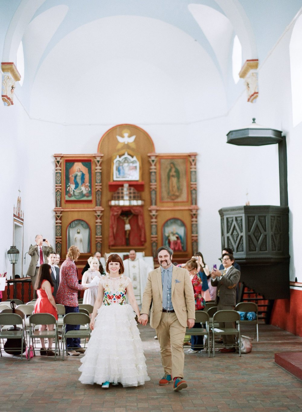 eclectic texan wedding the connoisseur of cute wedding texas wedding photographer shannon griffin photography_0020.jpg
