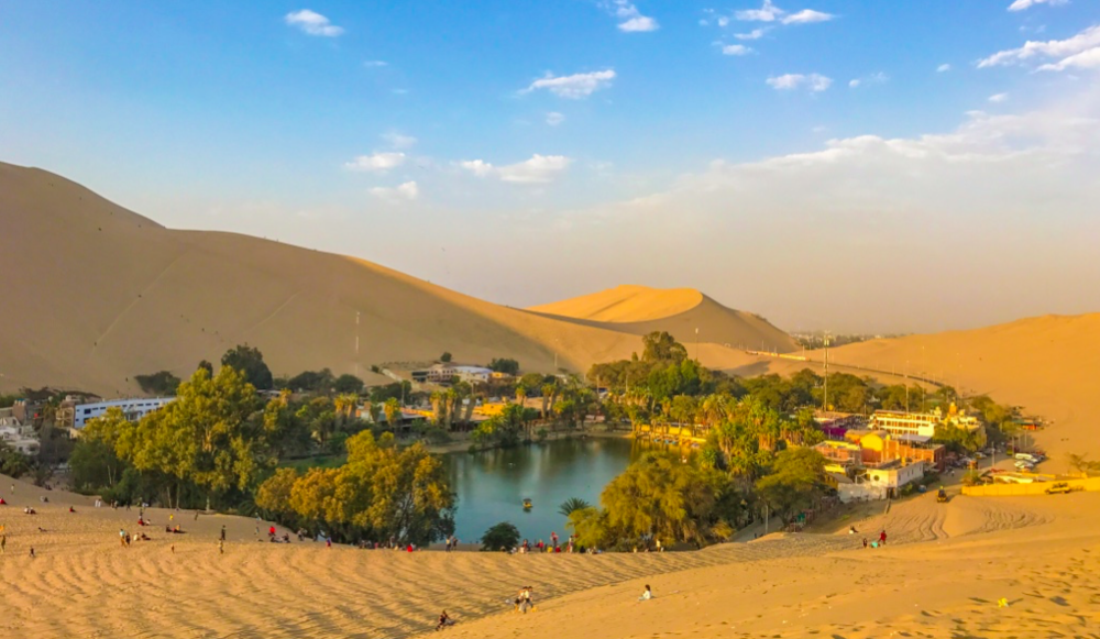 The desert oasis of Lake Huacachina