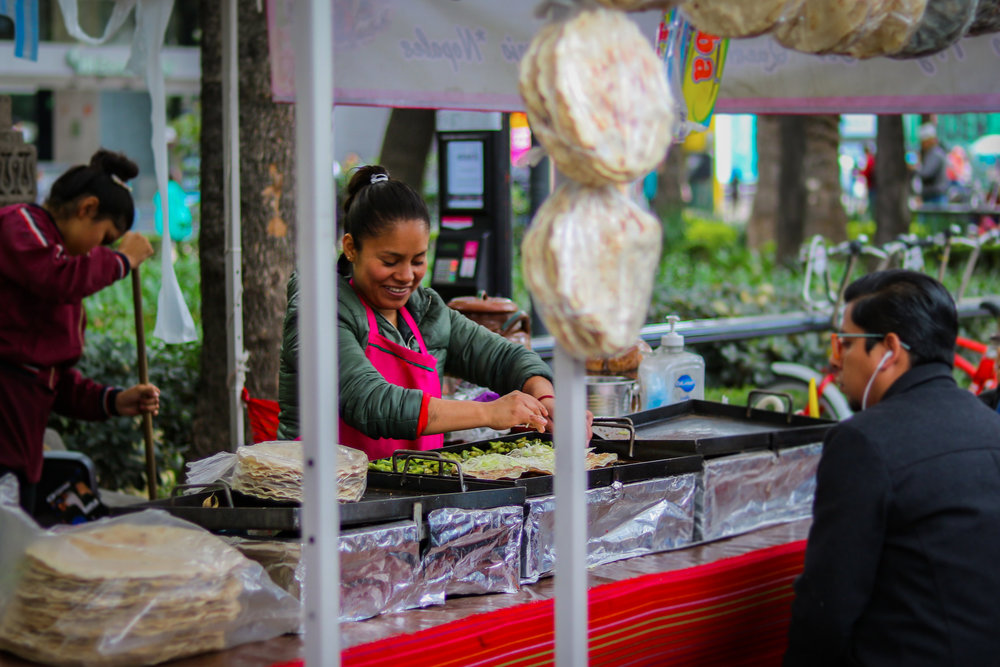 Enjoy street food in Mexico, just take precautions