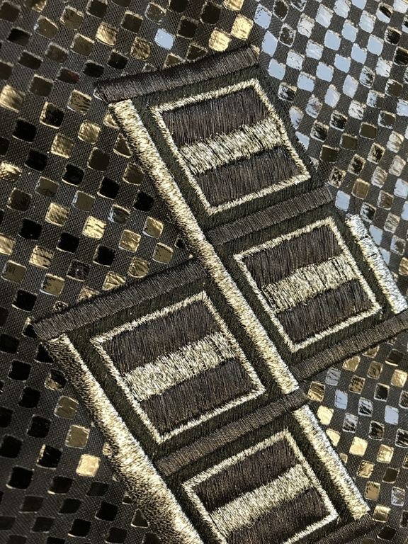METY by Gunold, metallized thread in black and silver - Design by GS UK