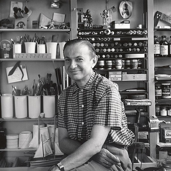 Girard, pictured in his Grosse Pointe, Michigan, studio in 1952.
