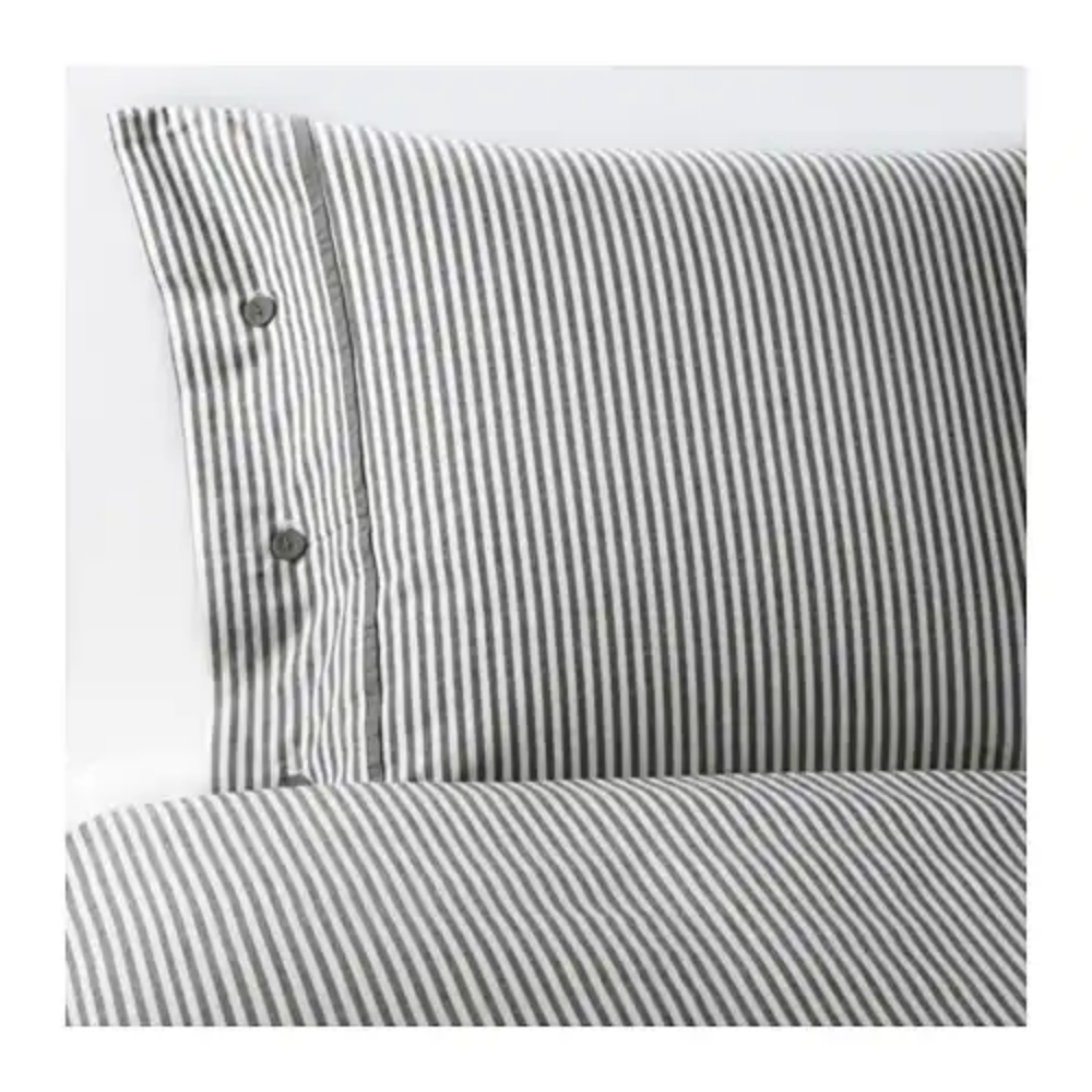 NYPONROS Duvet cover and pillowcase(s), $29.99