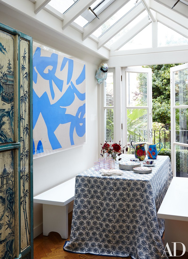 Inside the London home of Cabana founder  Martina Mondadori Sartogo , via  Architectural Digest .