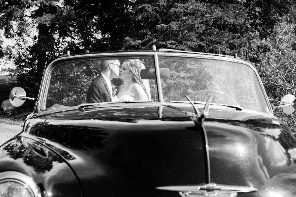 Wedding photography with vintage car