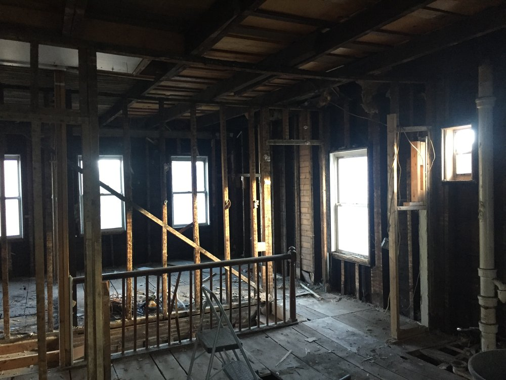With few load-bearing walls, we were able to open up the space.