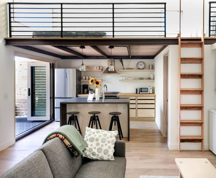 elegant-simplicity-full-service-interior-design-professional-green-lake-addition.jpeg