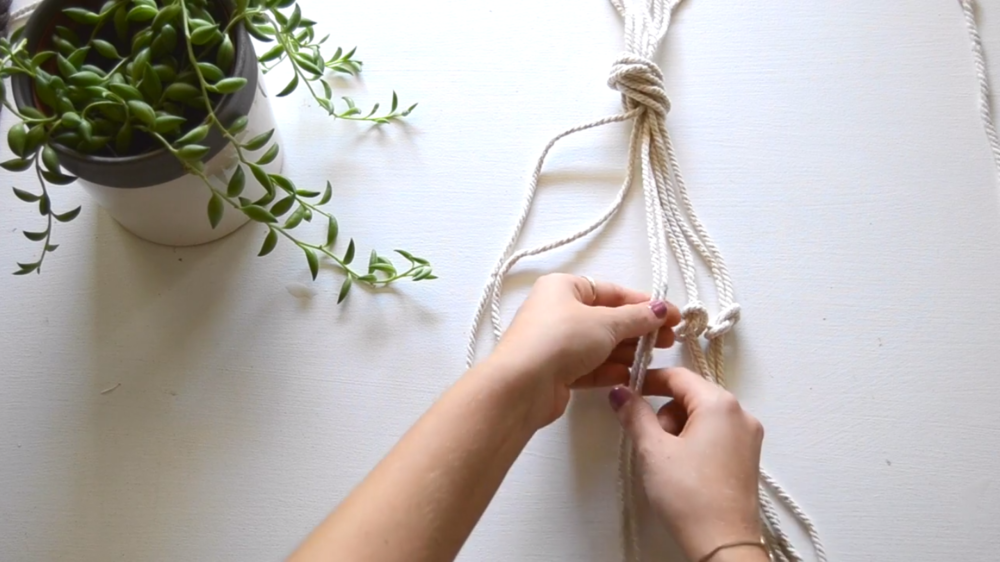 Josie Hardy's class, DIY Macrame: Learn How to Hang Your Potted Plants