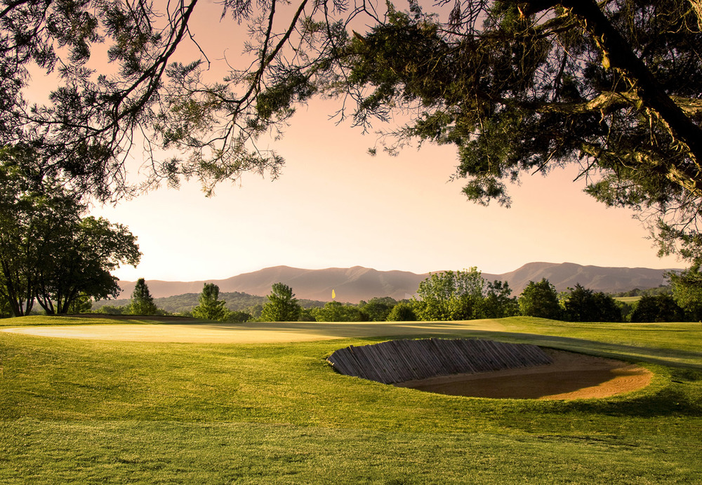 Caverns CC - Hole 18 - Warming Dramatic.jpg