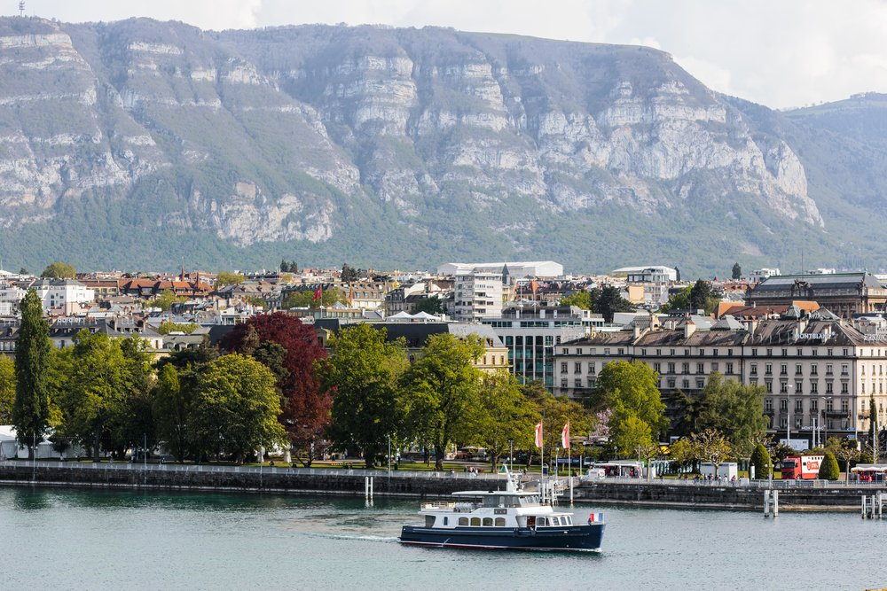 11 Things to Do in Geneva, Switzerland // #readysetjetset #geneva # switzerland