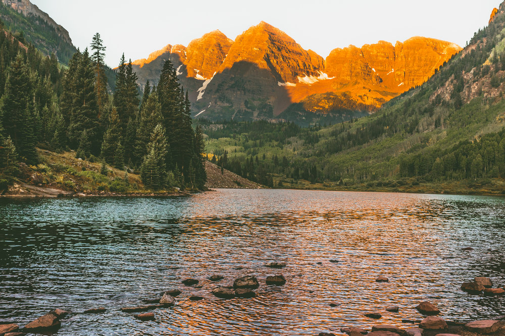 Sunrise at the Maroon Bells