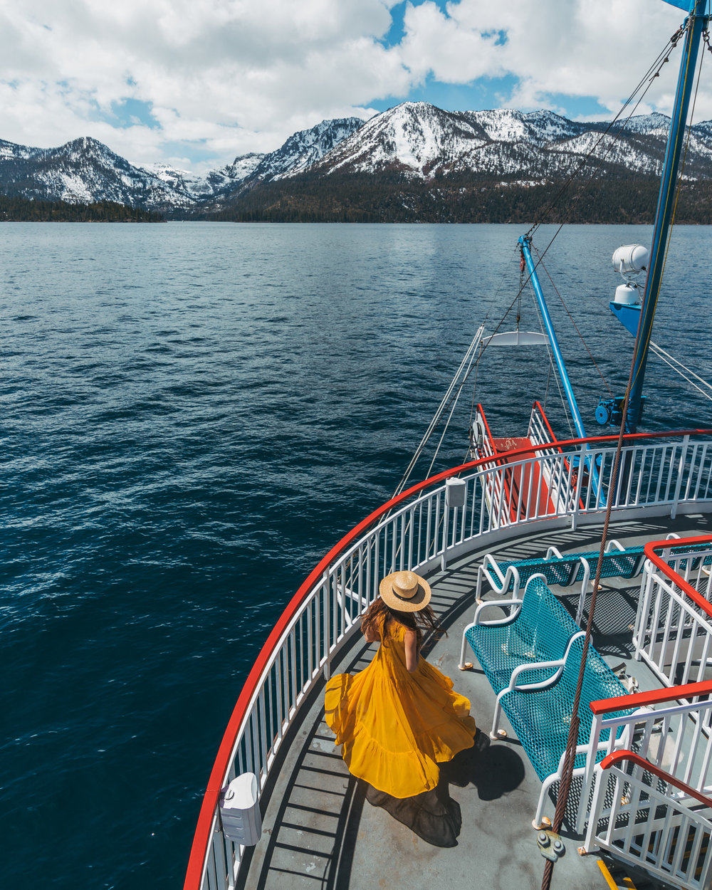 Scenic cruising to Emerald Bay on Lake Tahoe // A Quick Guide to North Lake Tahoe & Reno