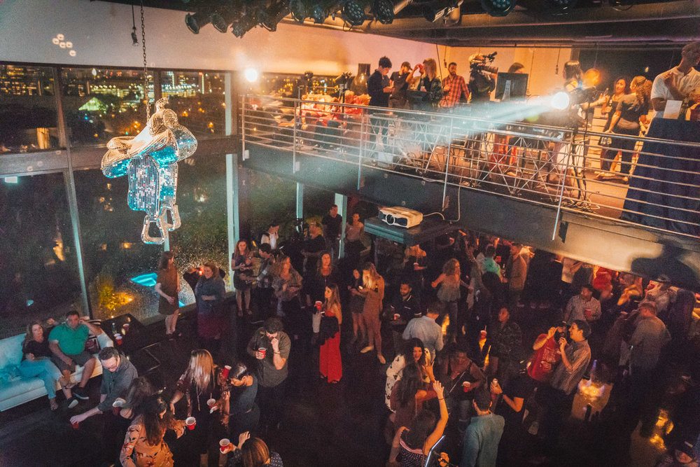 Hotel Thrillist Nashville Rockstar Mansion Party // A Weekend at Hotel Thrillist #readysetjetset