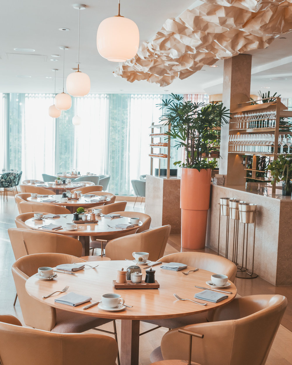The Botanist inside Fairmont Pacific Rim // The Quick Guide to Visiting Vancouver, BC #readysetjetset