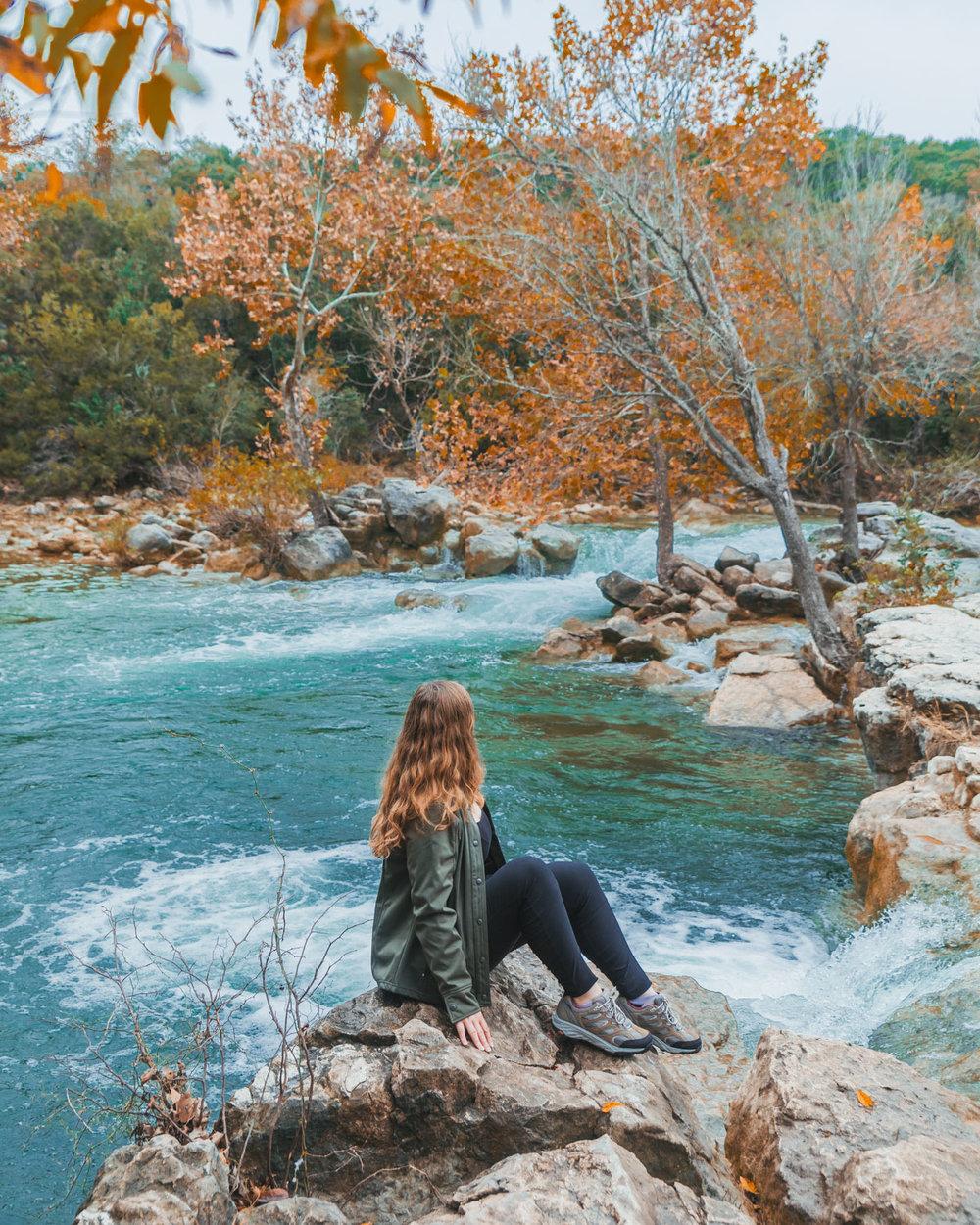 Barton Creek Greenbelt // 5 Austin Hiking Trails to Try This Fall #readysetjetset #outdoors #hiking #blogtips #texas #atx
