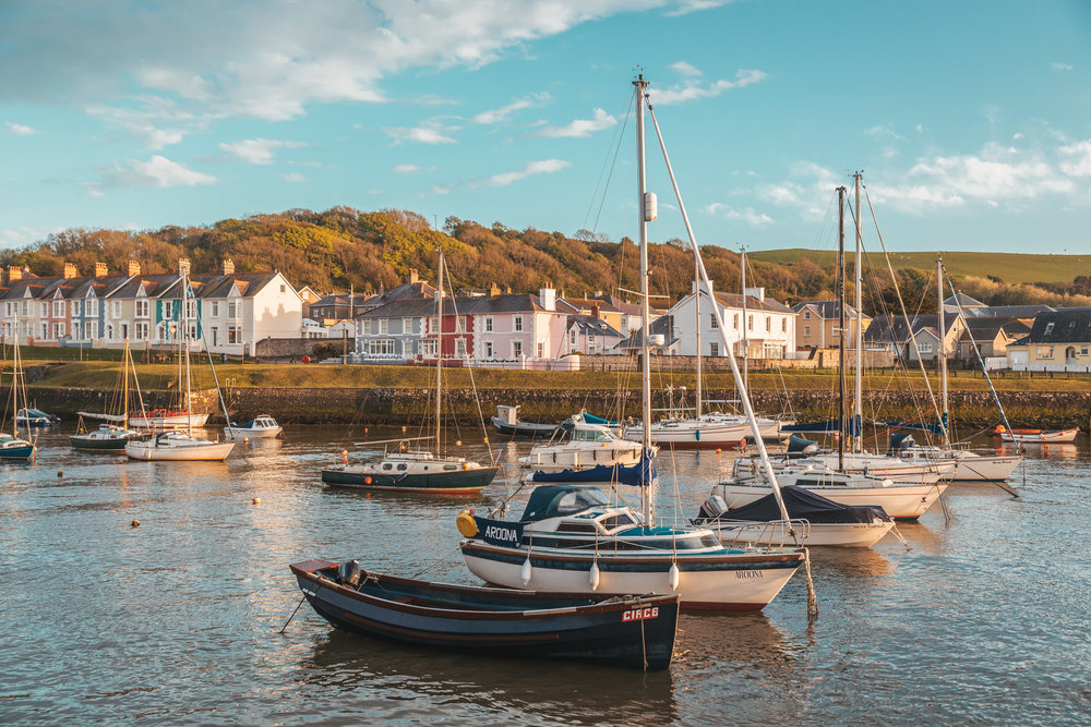 Aberaeron harbour // The Most Beautiful Places to Visit in Wales // #readysetjetset #wales #uk #welsh #travel #photospots #blogpost