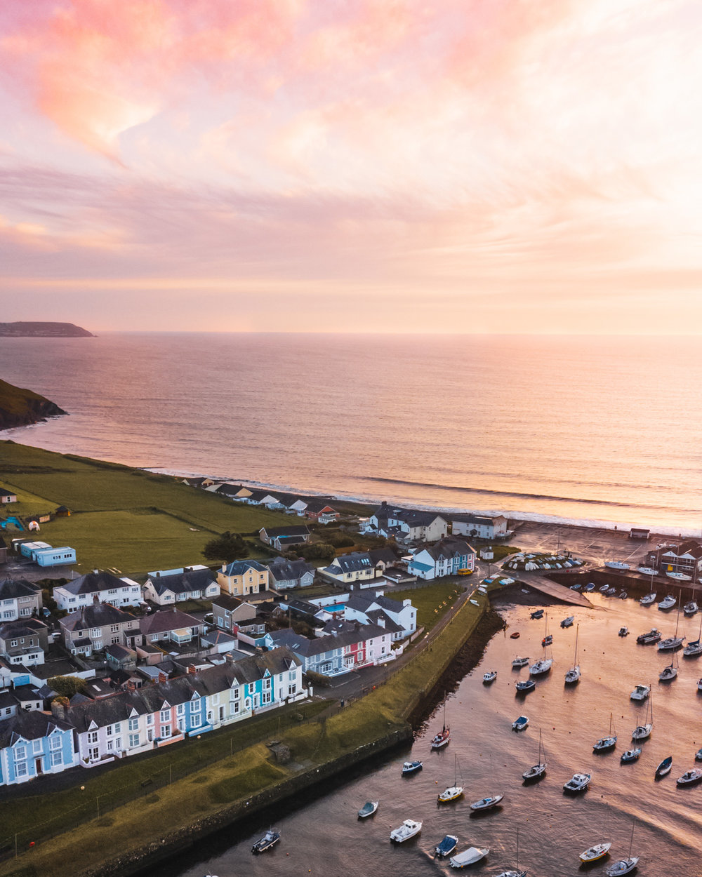 Aberaeron harbour drone sunset // The Most Beautiful Places to Visit in Wales // #readysetjetset #wales #uk #welsh #travel #photospots #blogpost