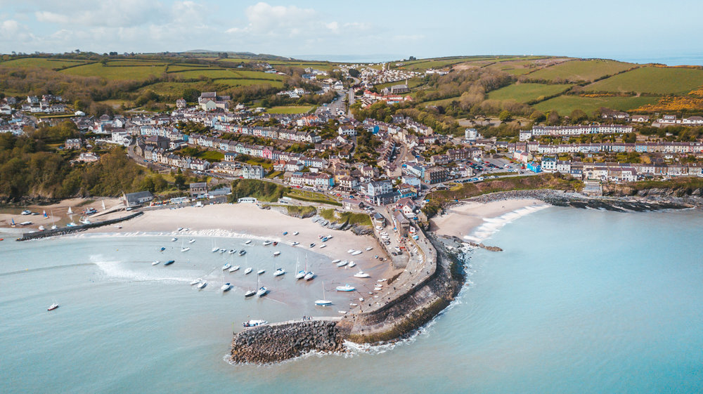 New Quay from above by drone // The Most Beautiful Places to Visit in Wales // #readysetjetset #wales #uk #welsh #travel #photospots #blogpost