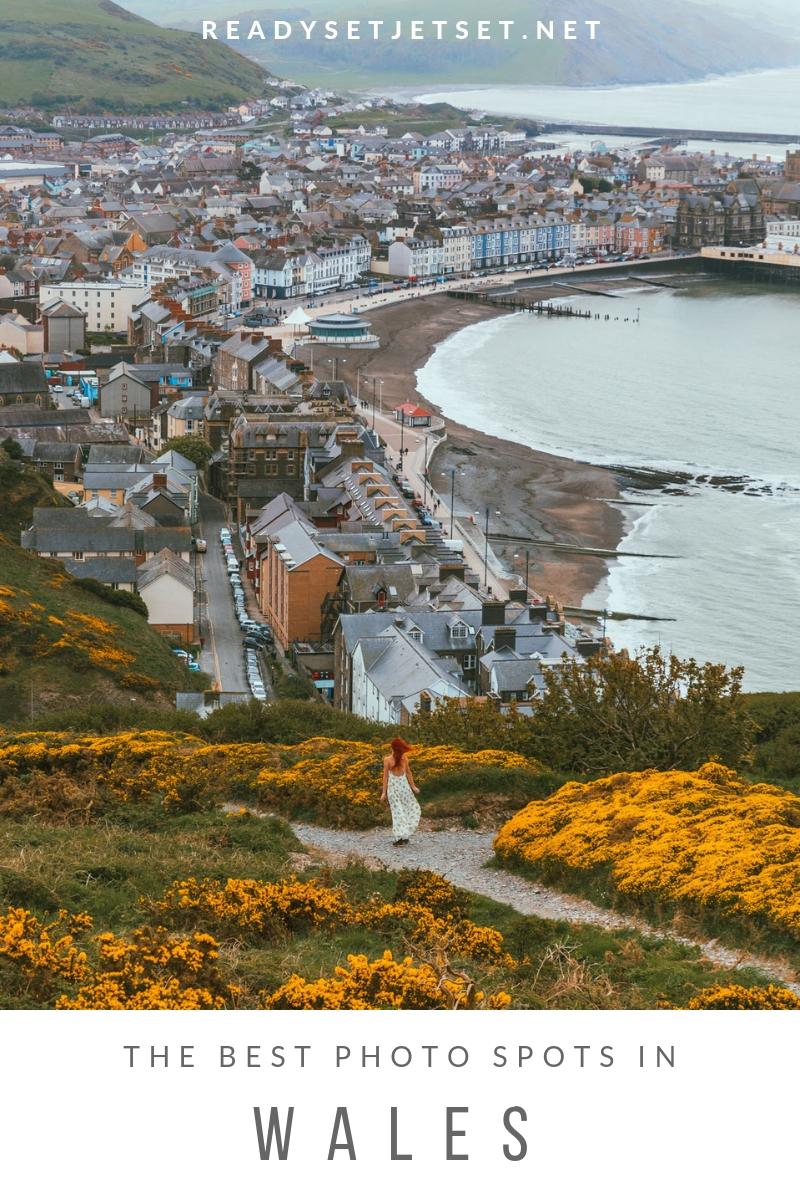 The Most Beautiful Places to Visit in Wales // www.readysetjetset.net #readysetjetset #wales #uk #welsh #travel #photospots #blogpost